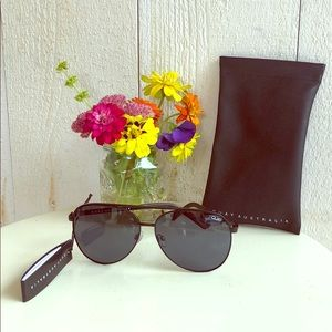 Quay Australia Vivienne Black Aviator Sunglasses
